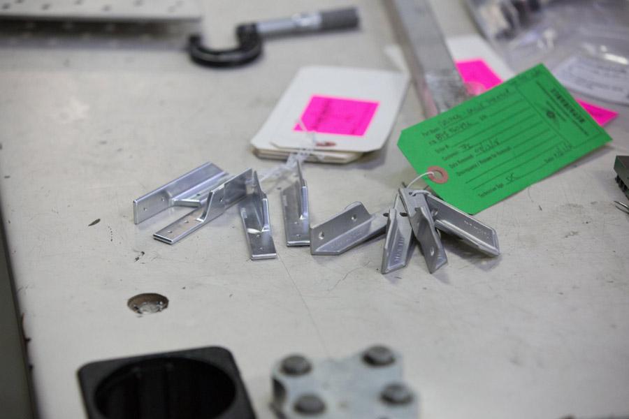 P-47: CSTG (casting) clip 89S96049R, stringer station 2.02