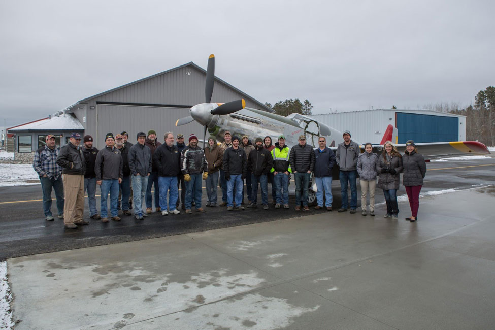The team gathered in front of the Red Tail just after Doug's two successful flights on December 1, 2016.