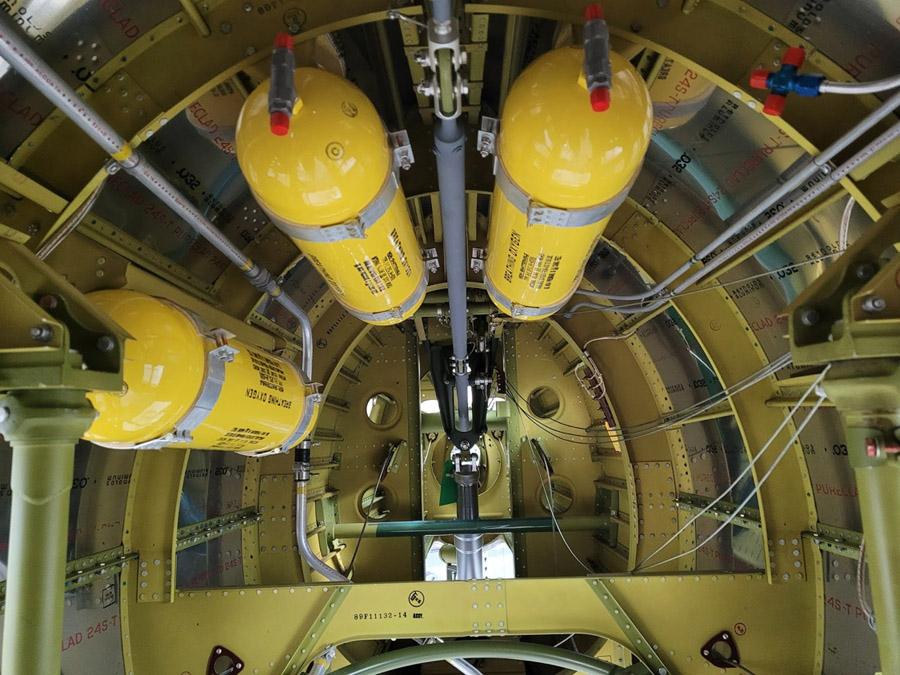 P-47: Oxygen Tank Installation