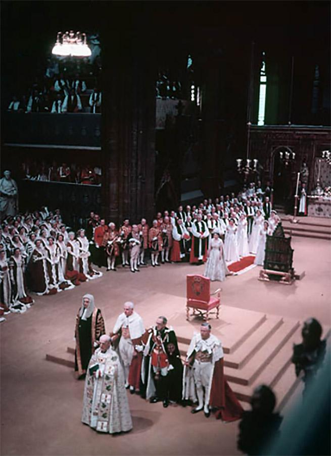 Queen Elizabeth II's Coronation Ceremony, photo Wikipedia Commons