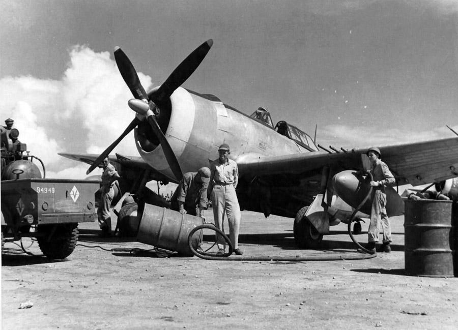 Mechanics of the 333rd FS 318th FG
